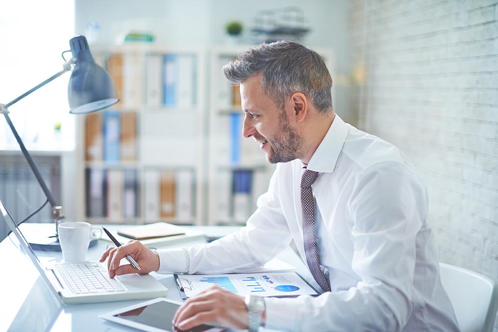 Data-savvy HR